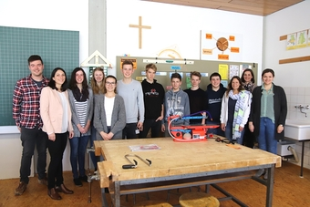 Gruppenfoto Mittelschule.JPGGruppenfoto Mittelschule