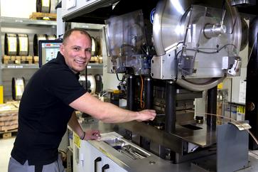 Werkzeugmechaniker in der Stanzerei