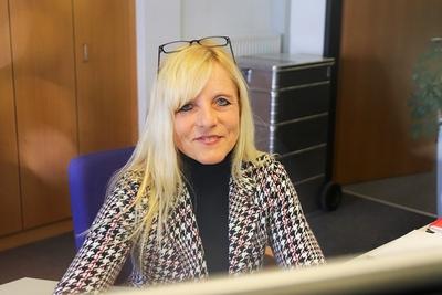 SusanneMueller Arbeitsplatz Buchhalterin