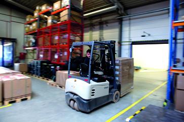 Mitarbeiter Logistik